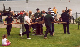 Singing round the capstan CMSF 2004